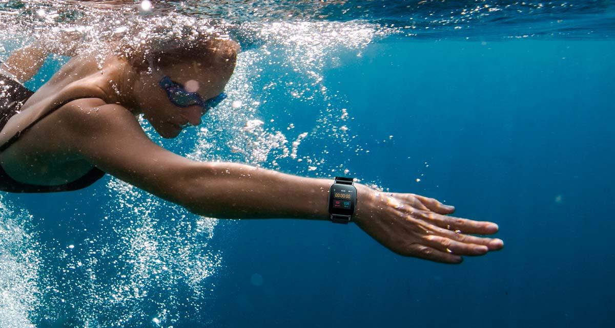 tính năng chống nước tối ưu của watch 1